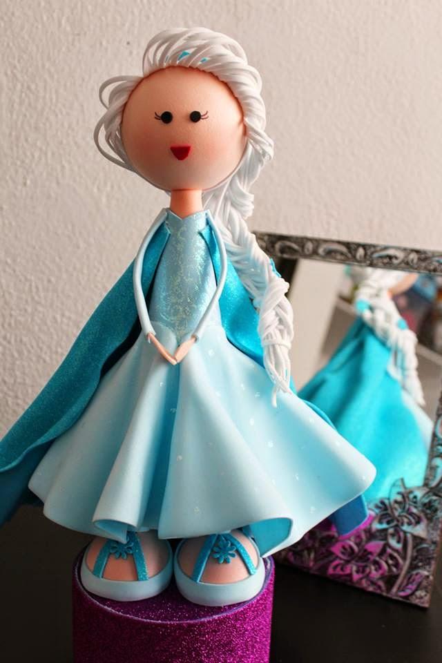 Fofucha Elsa Frozen por OKmira y Mesa de Dulce México