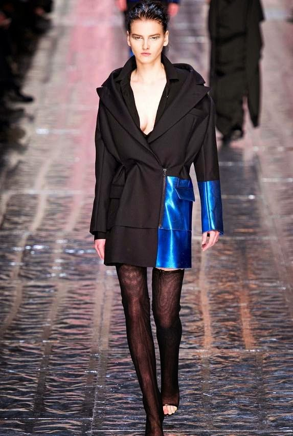 fashion-show-2014-acne-coat-blue-black