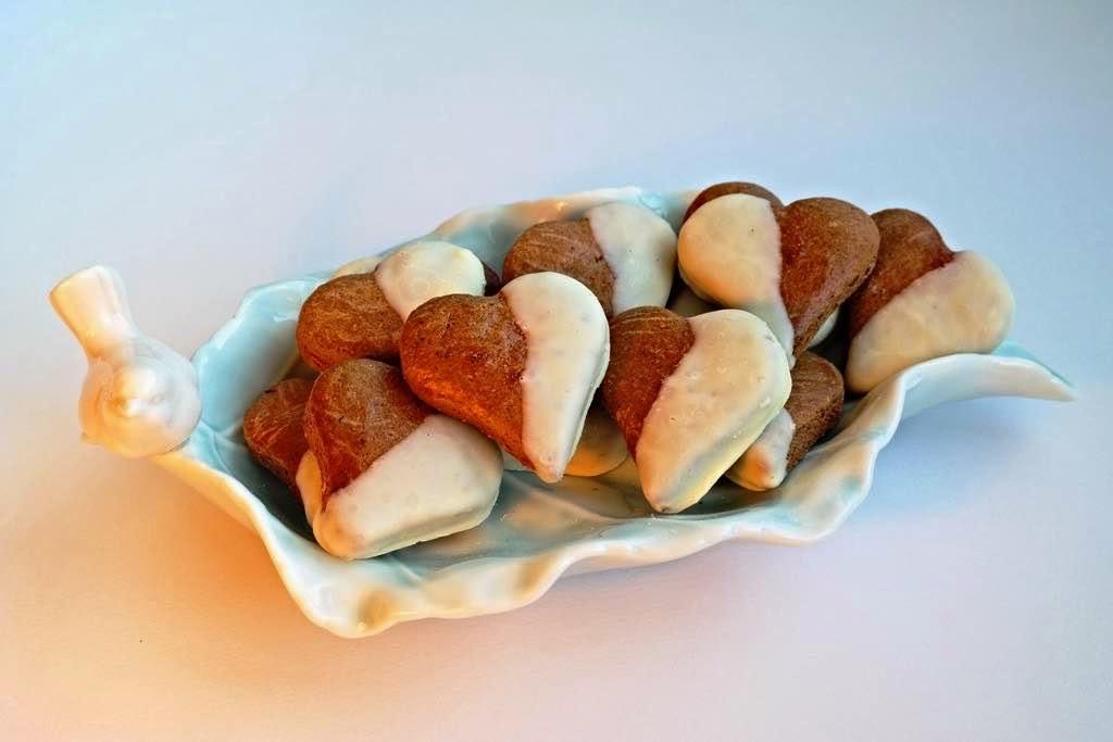Beyaz Çİkolatalı Pekmezli Bisküvi