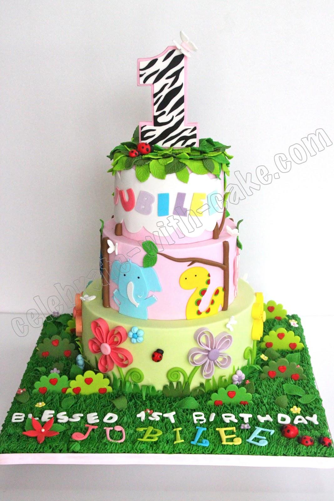 cute animal safari cake