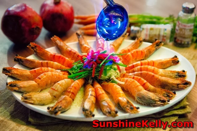 Pork sperity CNY, Porkalicious Joy Luck Set, chicago rib house, 1 Utama food, drunken prawns, wine steamed prawns, flaming prawn