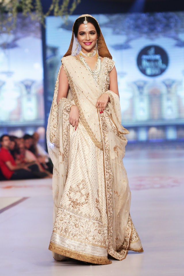Vega Fashion Mom: Zaheer Abbas Bridal Collection at ...