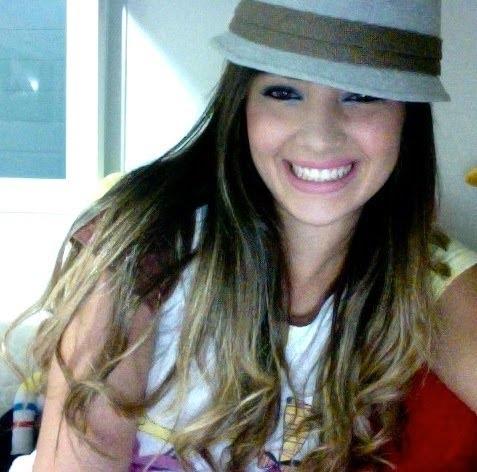 Girlfriend Neymar Fernanda Barroso