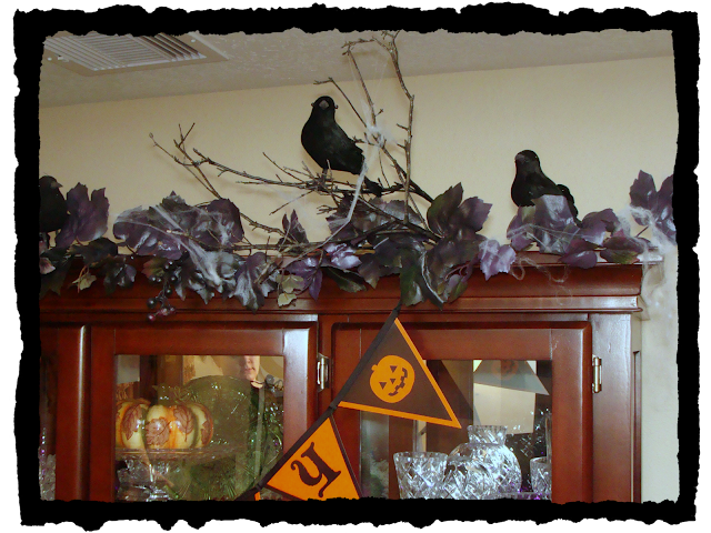 Dollar Store, Ravens