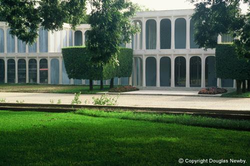 Residencia Moderna diseñada por Philip Johnson