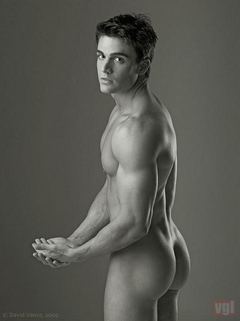 GORGEOUS MEN: Philip Fusco (naked)