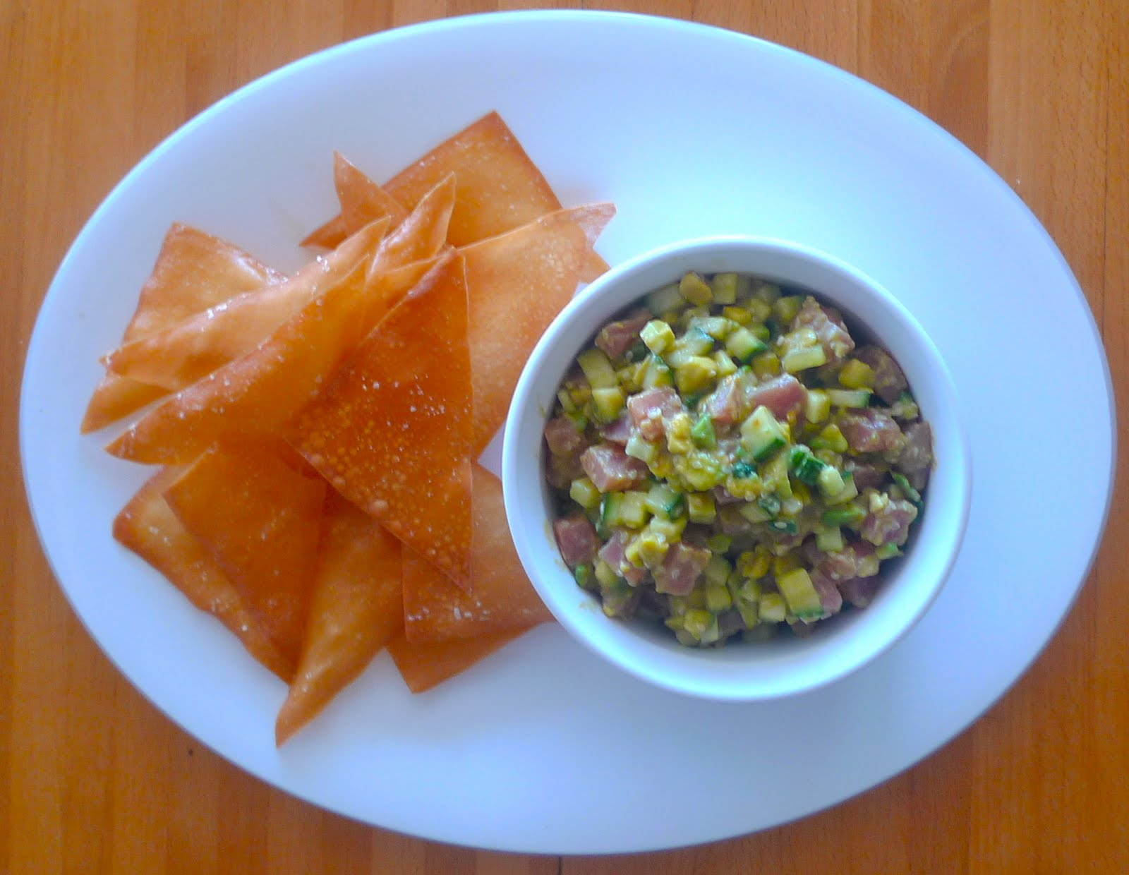 siriously delicious: Tuna and Avocado Tartare on Sesame Wonton Crisps