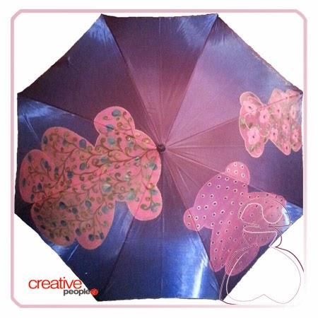 Paraguas pintado a mano modelo Osito por Sylvia Lopez Morant