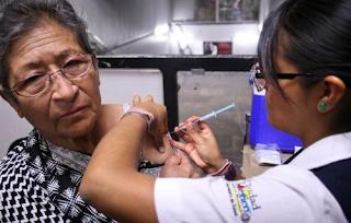 Vacunación en adultos mayores.