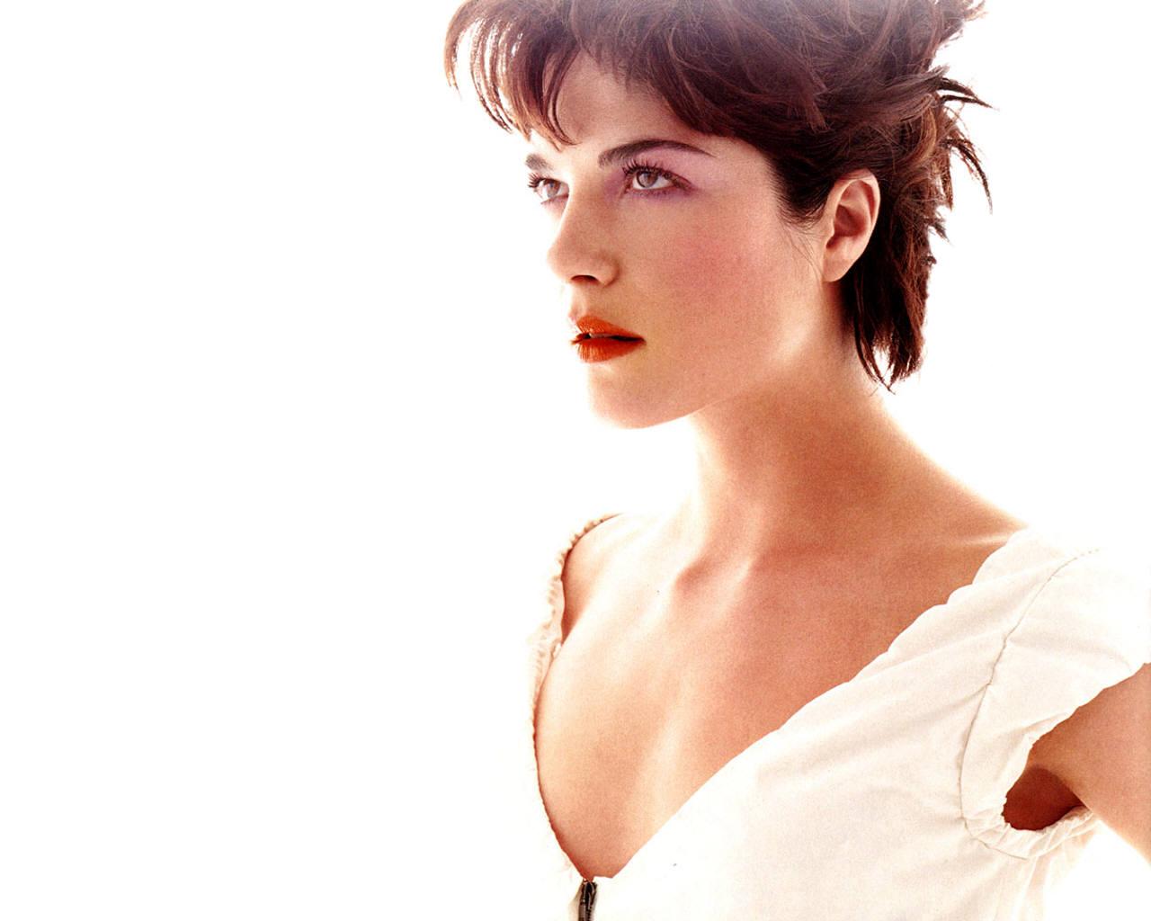 HD Hot Wallpapers: Selma Blair