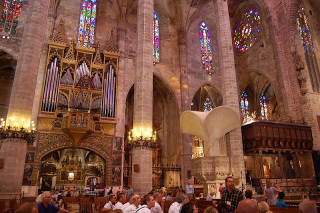 Nave central Catedral de Palma