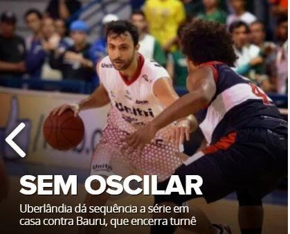 Hélio Globo Esporte Uberlândia em jogada contra o Coimbra