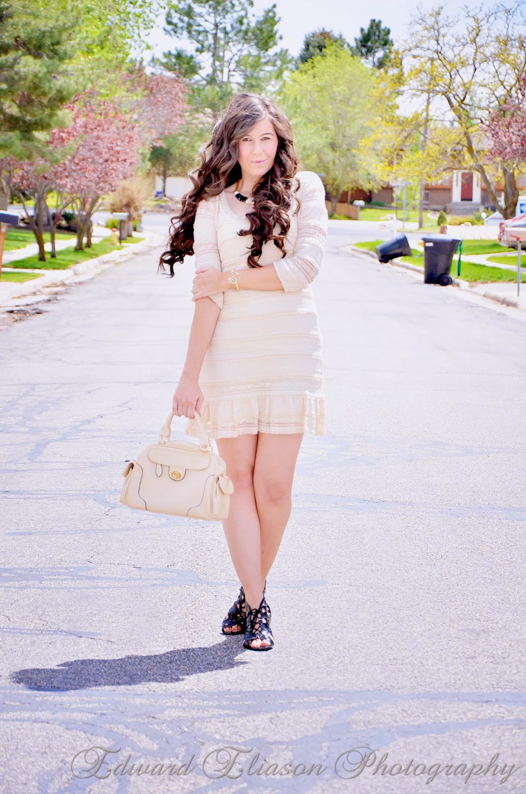 coachella look, coachella, coachella outfit, lace dress, macys, mall of style jewelry, mall of style, giveaway, jewelry, bags, long pretty hair, curly hair,
