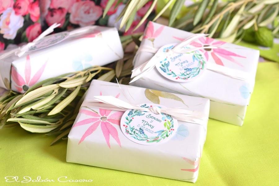 detalles de boda jabones naturales personalizados