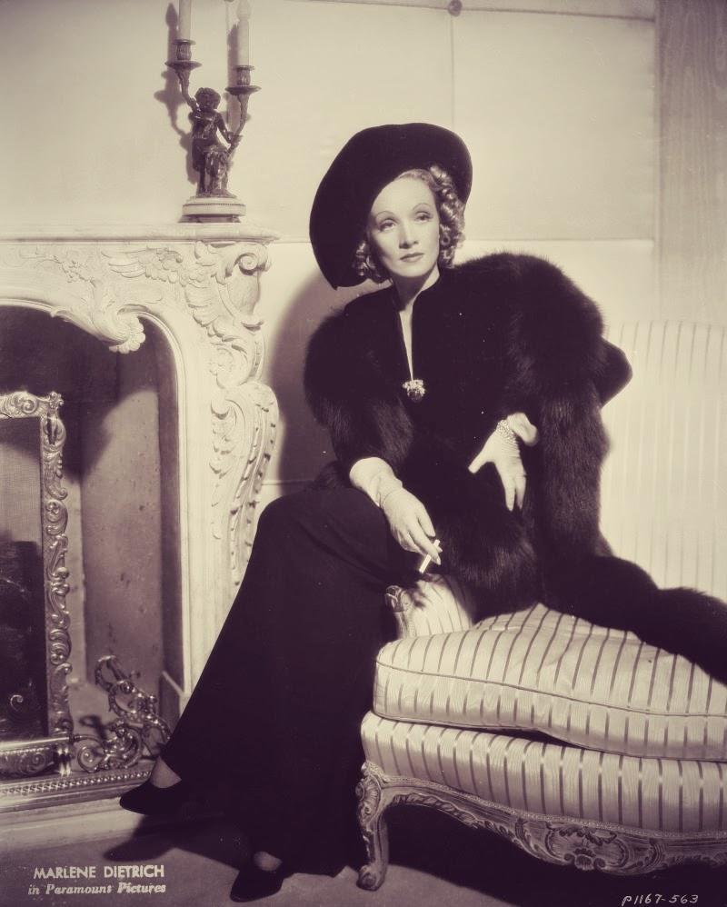 Marlene+Dietrich_1937