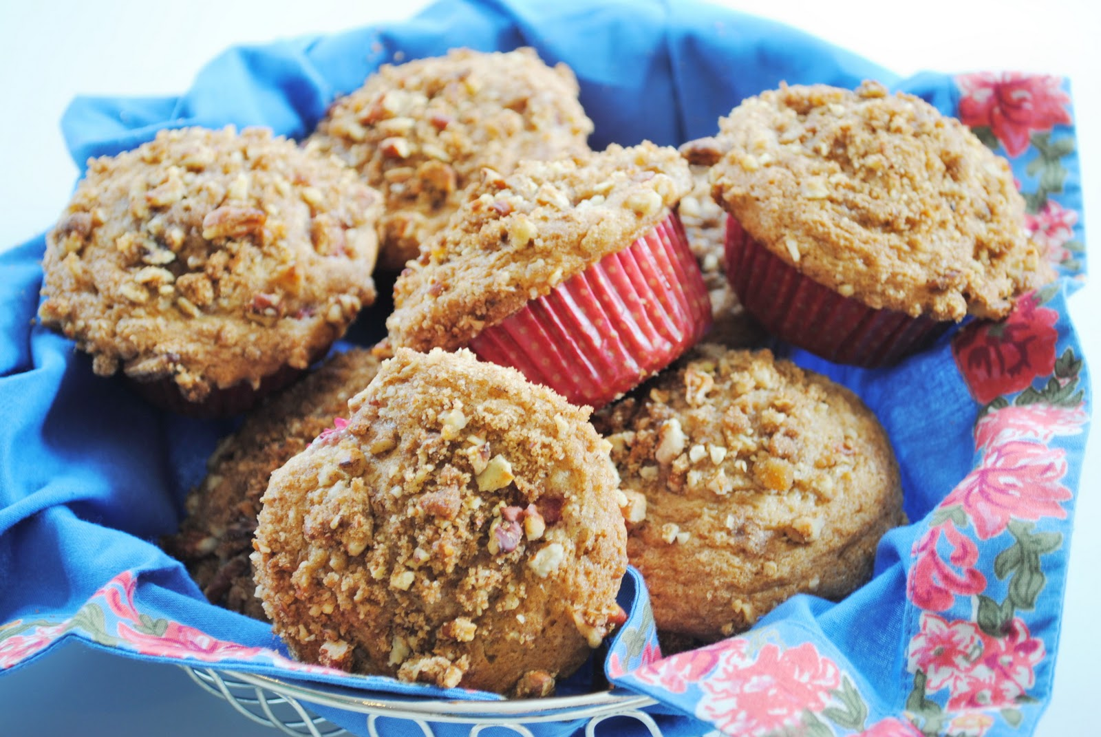 Ryan Bakes: Strawberry Streusel Muffins