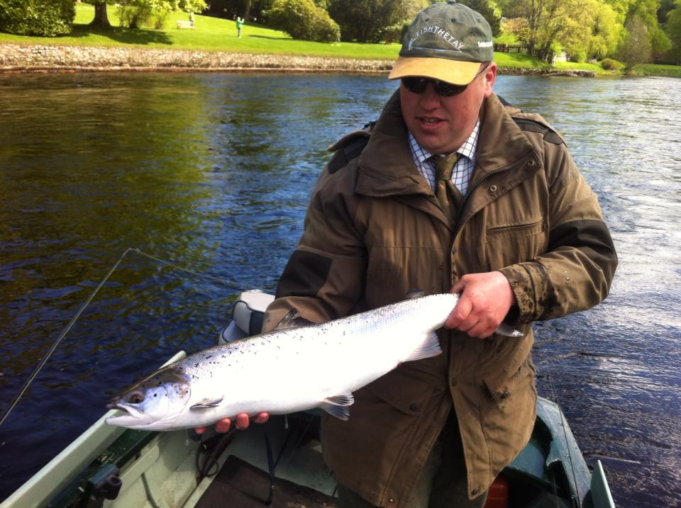 Salmon fly atlantic salmon fishing on the river tay scotland for Atlantic salmon fishing