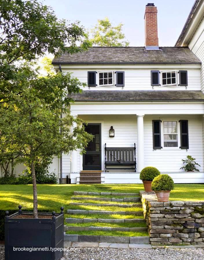 Casa americana con características clásicas