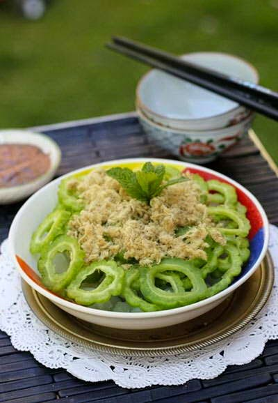 Mixture Bitter Melon with Shredded Pork - Khổ Qua Chà Bông