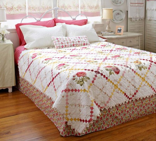 Quilting patterns and tutorials sweet retreat bed quilt for Bed quilting designs