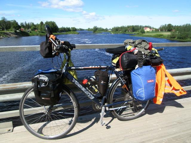 Matka- ja retkipyöräily