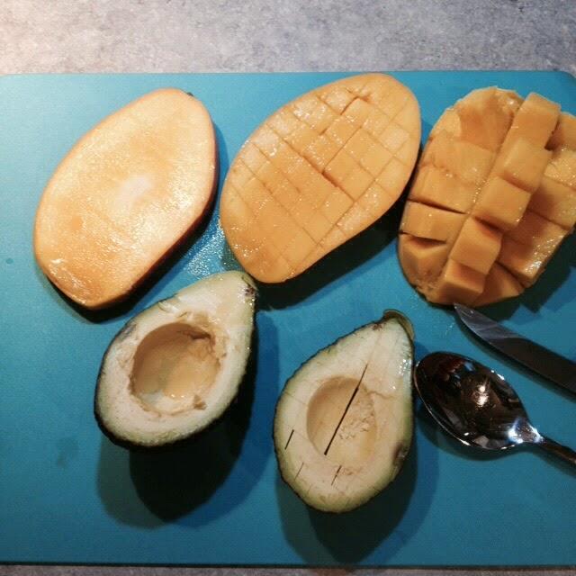 ein st ck heile welt mango avocado salat. Black Bedroom Furniture Sets. Home Design Ideas