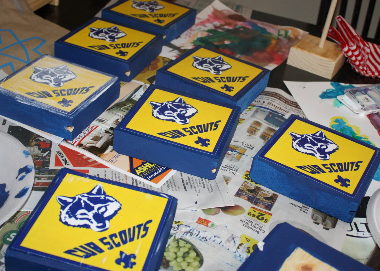 Cub Scout Blue and Gold Banquet Centerpieces