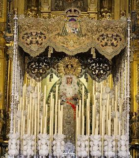 http://1.bp.blogspot.com/-eYHxOfKGu-I/U2OJyxWTkNI/AAAAAAAABvg/EICEcls_h0E/s1600/Macarena_Sevilla-palio+CORONACION+CANONICA.jpg