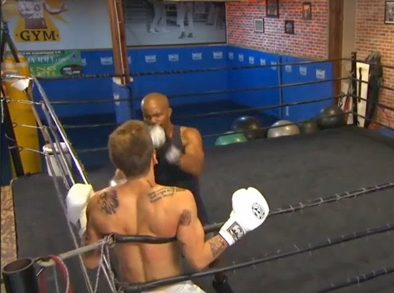 Justin Bieber Beaten up by Floyd Mayweather Boxing Lesson