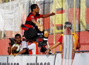 Geovanni - EC Vitória comemora gol