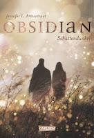 http://www.amazon.de/Obsidian-Band-1-Obsidian-Schattendunkel/dp/3551583315/ref=sr_1_1?s=books&ie=UTF8&qid=1437909705&sr=1-1&keywords=obsidian