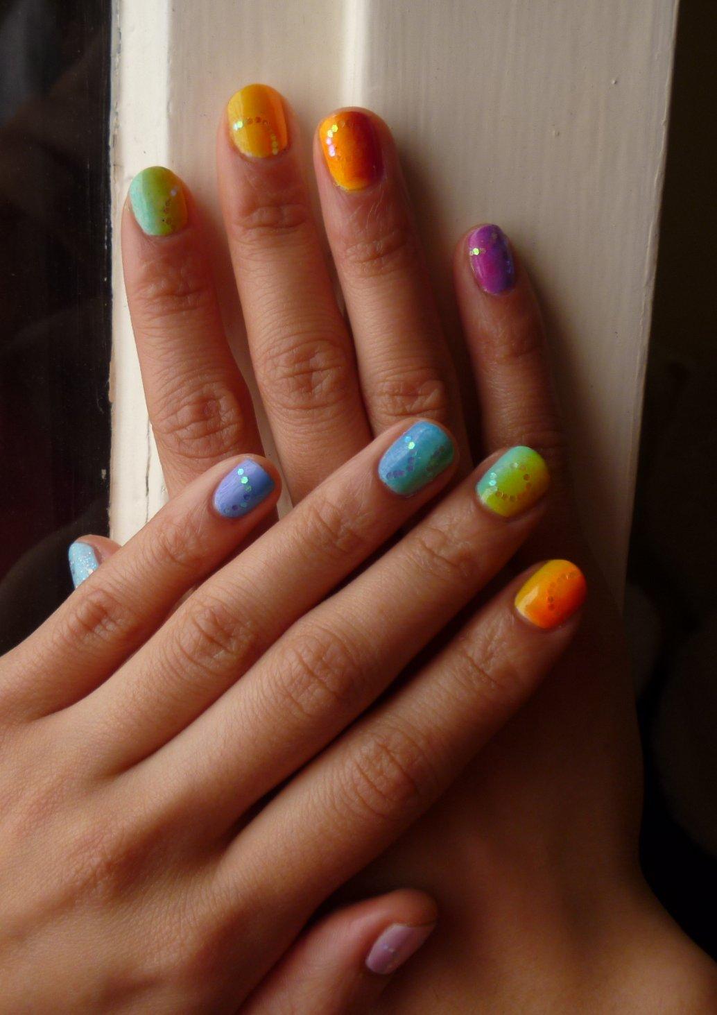 fluffy nails ongles arc en ciel d grad l 39 ponge rainbow gradient nail art. Black Bedroom Furniture Sets. Home Design Ideas