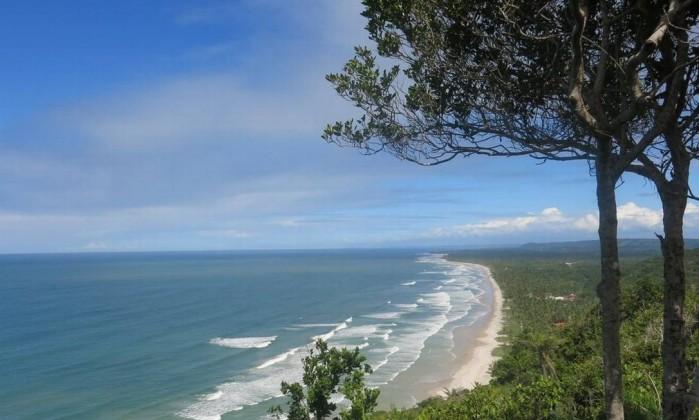 ITACARÉ NO SUL DA BAHIA, BANHO DE MAR E CACHOEIRA