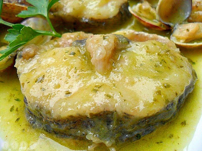 Con sabor a canela merluza con almejas en salsa verde - Almejas con salsa verde ...