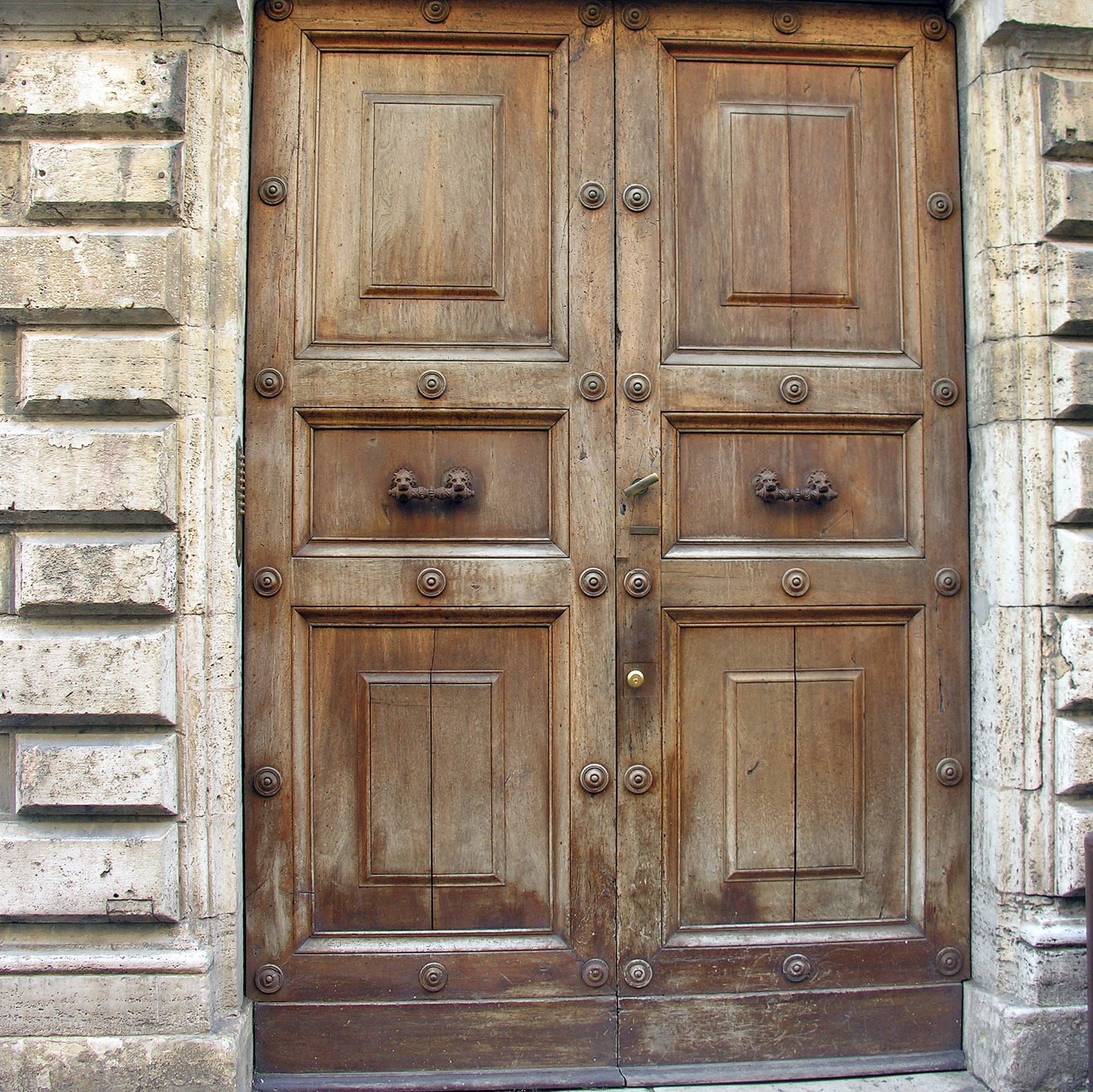 My favorite in Deruta. & Gadding About with Grandpat: Italian Doors
