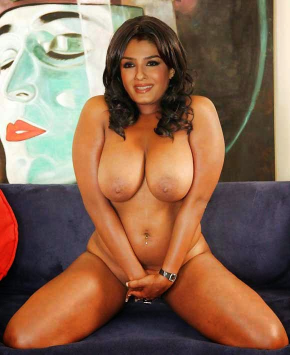 Raveena Tandon Nude Possing Her Boobs Get Fucked Ass Fake