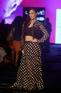 Actress Elli Avram Pictures at Lakme Fashion Week 2015 6.jpg