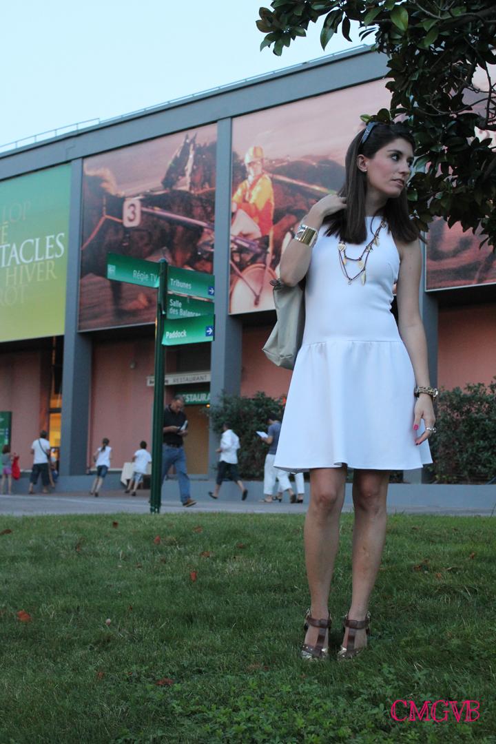 diana dazzling, fashion blogger, fashion blog,  cmgvb, como me gusta vivir bien, dazzling, hippodrome, Cagnes sur Mer, racetrack, horses race, white dress, Grasse, cote d'azur, french riviera, travel