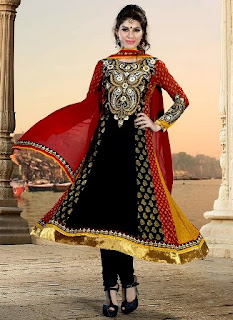 Indian-Embroidered-Salwar-kameez-for-Eid