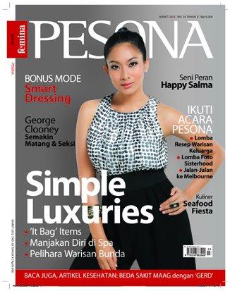 Happy Salma menjadi bintang sampul majalah wanita Pesona edisi Maret