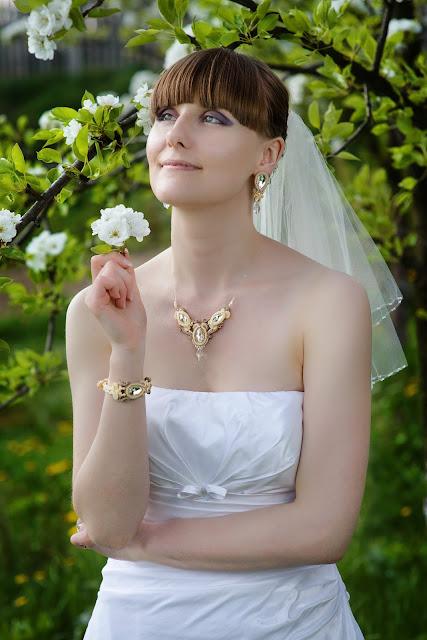 Komplet ślubny sutasz z kryształami Swarovski beż i ecru