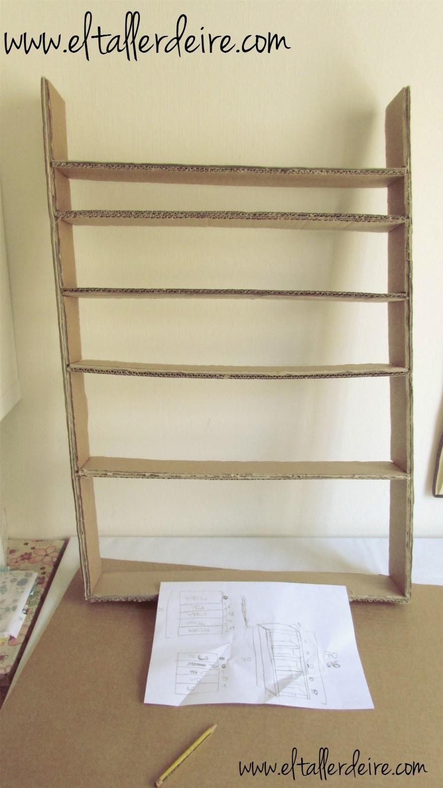 C mo hacer una estanter a de cart n resistente el taller for Estantes de carton