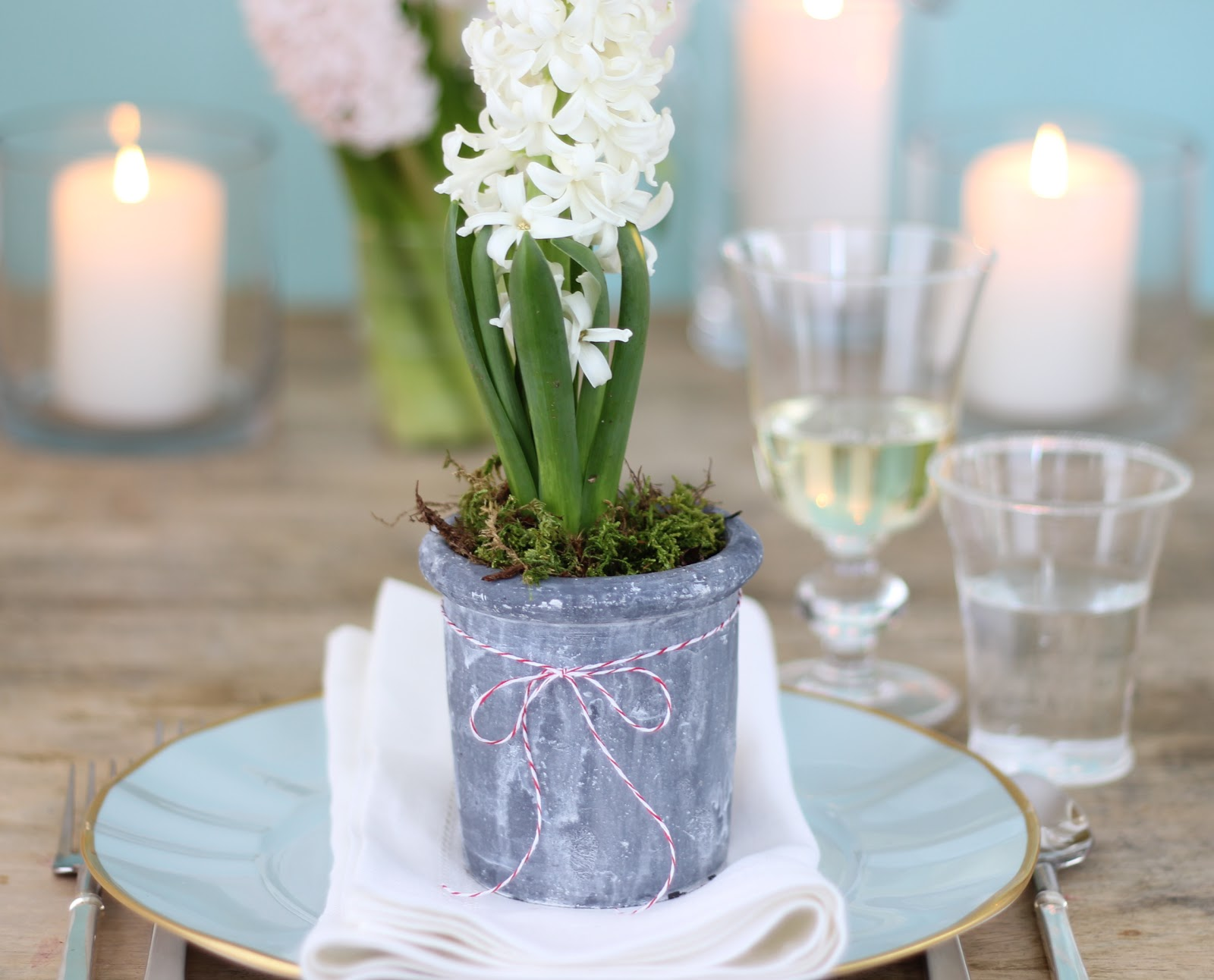 Jenny steffens hobick valentines day table setting