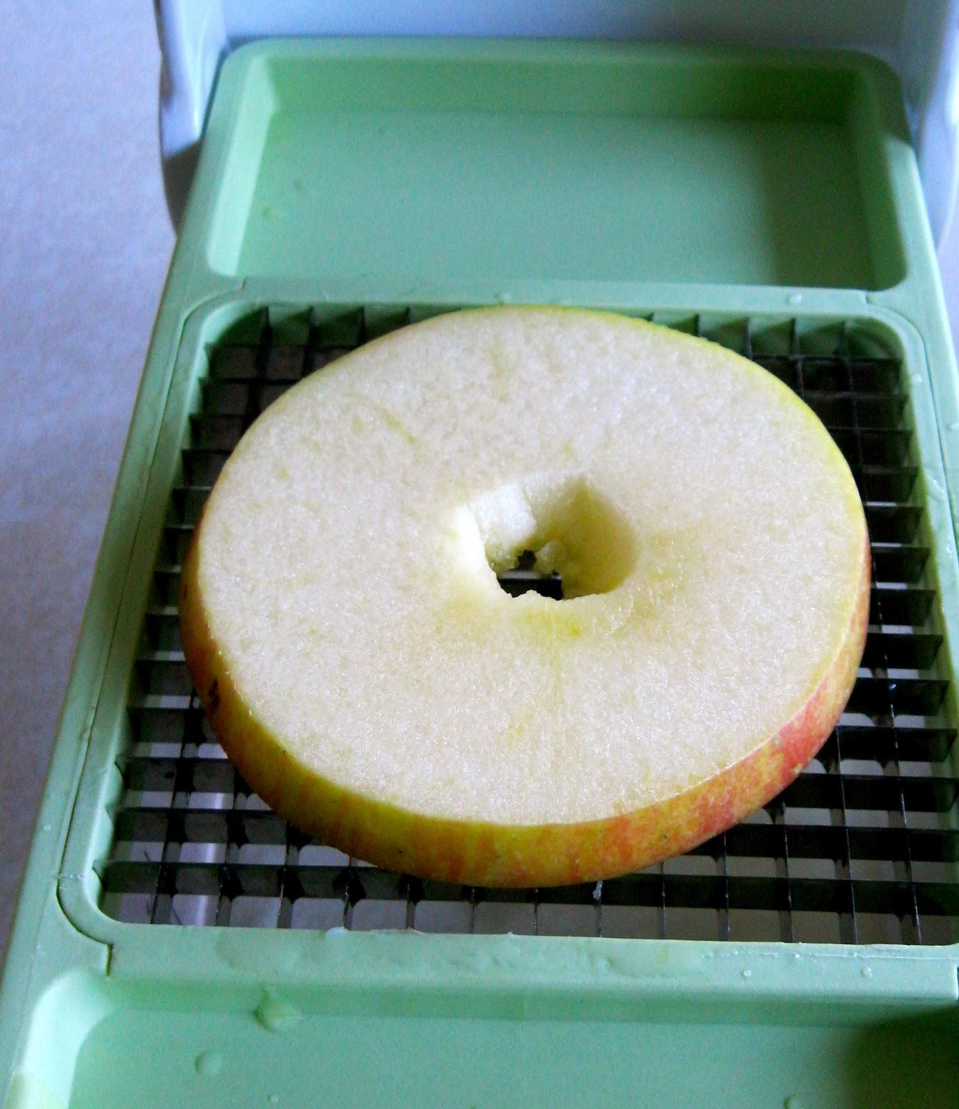 Apple Salad In 5 Minutes | fewminutewonders