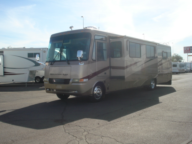 New Auto Corral RV Is Your Only Phoenix Area PleasureWay Dealer!We Donate A Portion Of Every Sale To Phoenix Childrens Hospital Are You Interested In A New Class A? Then This 2007 Winnebago Voyage Class A Motorhome Could Be