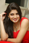 Priyadarshini Glam Pics in Red at Dillunnodu audio-thumbnail-6