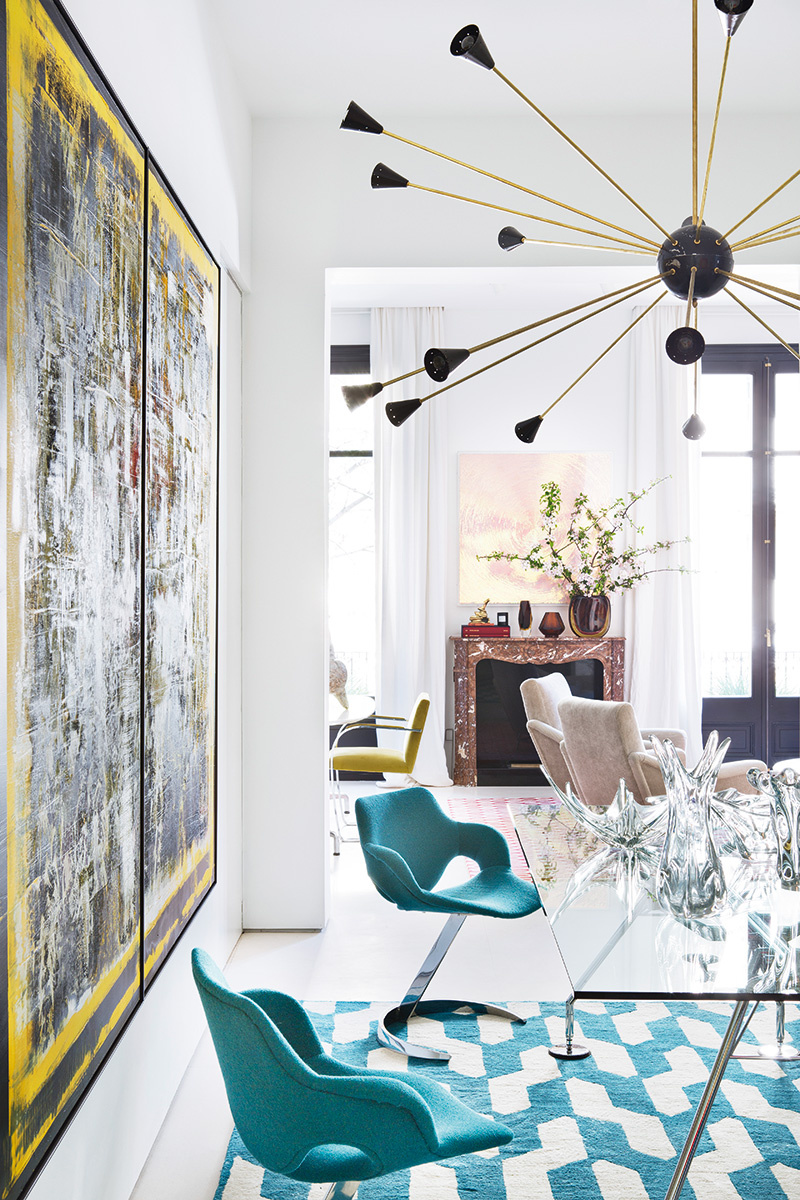 the decorator jaime beriestain bought an apartment in the eixample and reformed to leave a simple and clean box full of art furniture and objects from