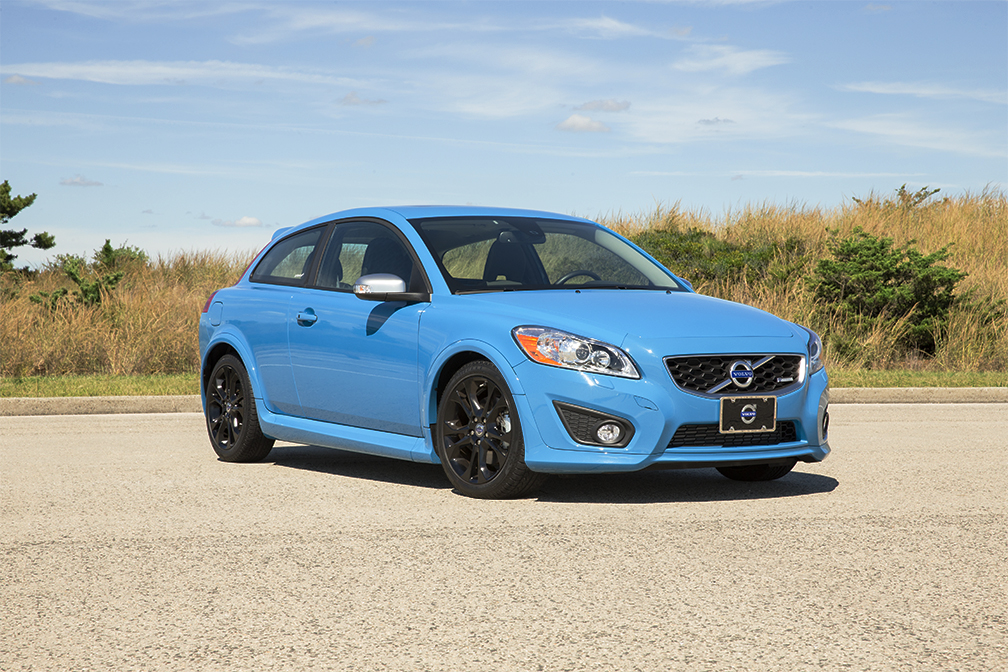 new car review 2013 volvo c30 t5 m r design. Black Bedroom Furniture Sets. Home Design Ideas