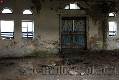 Внутри усадебного дома Чапских