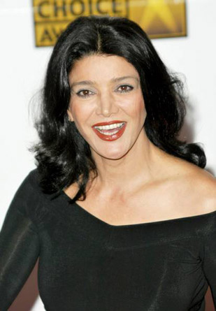 iran tv actress shohreh aghdashloo
